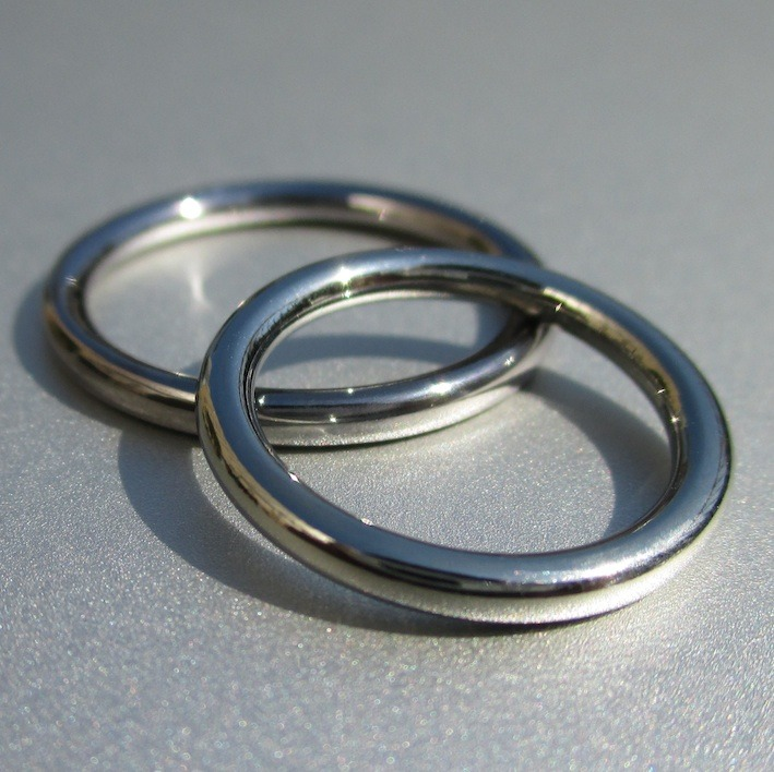 最小限の要素で最大限の機能 タンタルとハフニウムの結婚指輪 Tantalum and Hafuniumu Rings
