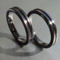 金属アレルギーにならないタンタル素材の結婚指輪 Tantalum Rings