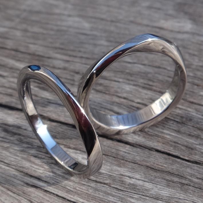 特注!金属アレルギーにならないタンタルの指輪・メビウスの輪 Tantalum Rings