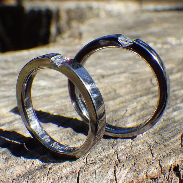 プリンセスハグ・セッティングのタンタルの結婚指輪 Tantalum Rings