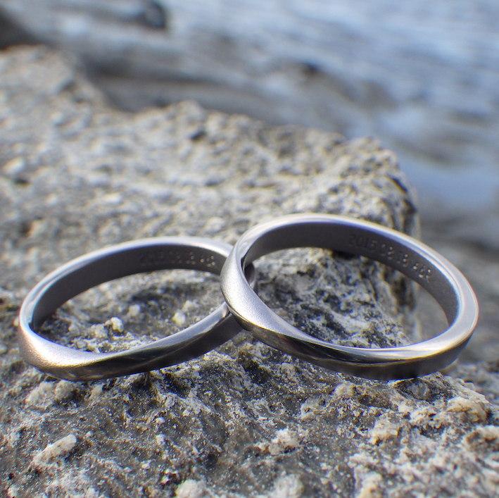 医療用素材を宝飾品に転用!タンタルの結婚指輪 Tantalum Rings