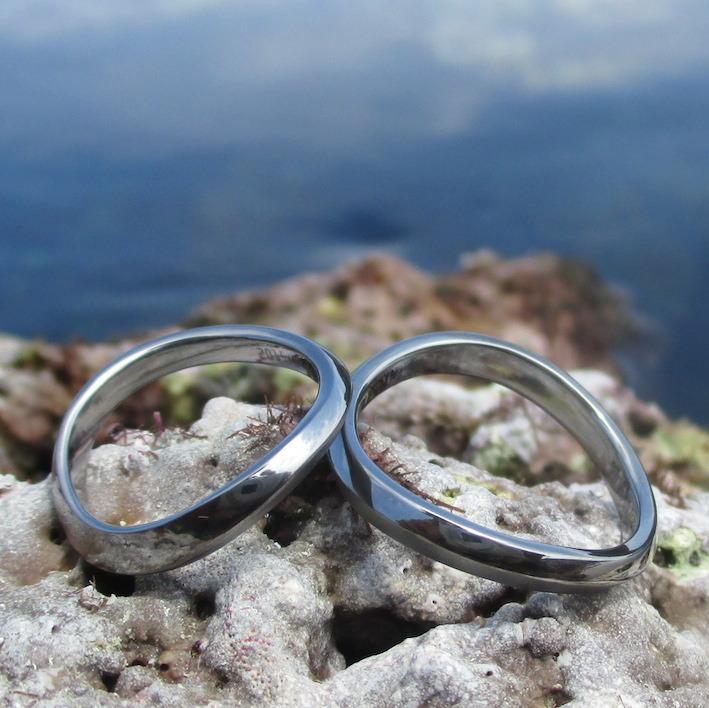 一緒に作り上げたデザイン・タンタルの結婚指輪 Tantalum Rings