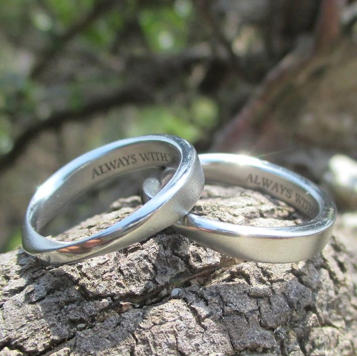 金属アレルギーでも安心して着けられるハフニウムの結婚指輪 Hafnium Rings