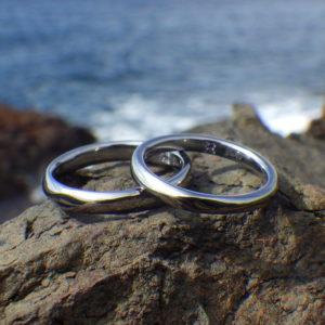 心地良さと安全性が最高レベルの希少金属素材・タンタルの結婚指輪 Tantalum Rings
