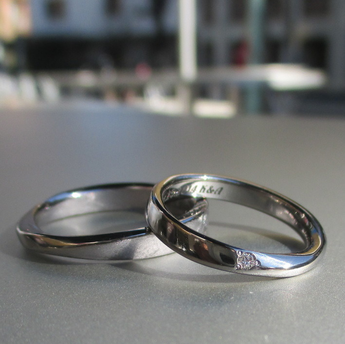 メビウスの輪のデザイン・タンタルの結婚指輪 Tantalum Rings