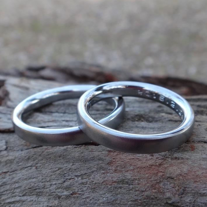 シンプルで美しい ハフニウムの結婚指輪 Hafnium Rings