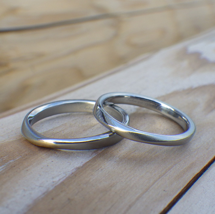 未常識をかたちに・ハフニウムの結婚指輪 Hafnium Rings