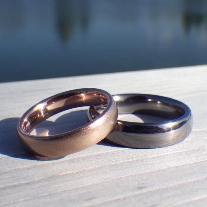 金属の色はこんなにも美しい!タンタルとピンクゴールドの結婚指輪 Tantalum & Pink gold Rings