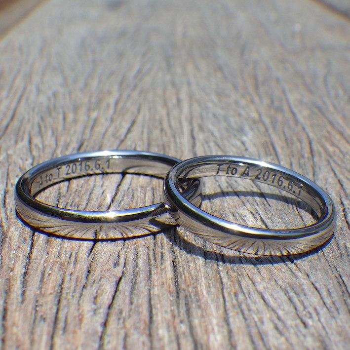 着け心地がいい均整の取れた丸み・タンタルの結婚指輪 Tantalum Rings