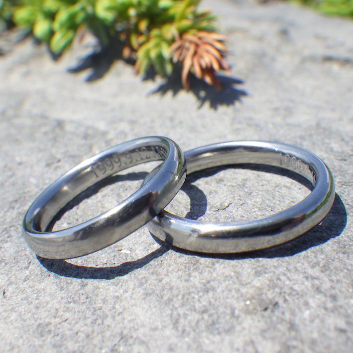 鍛造と切削で1つずつ制作・ハフニウムの結婚指輪 Hafnium Rings