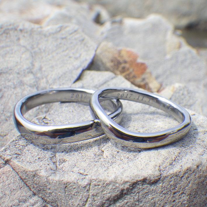 おふたりの想いをかたちに・ハフニウムの結婚指輪 Hafnium Rings