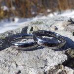 難削材であるタンタルを最高の着け心地に削り出した結婚指輪