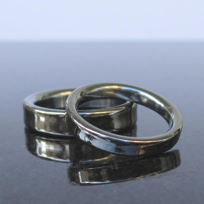 世界でも珍しい!ハフニウムの結婚指輪 Hafnium Rings