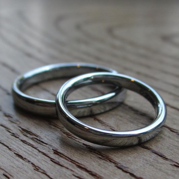 シンプルだから美しい!金属アレルギーにならないハフニウムの結婚指輪 Hafnium Rings