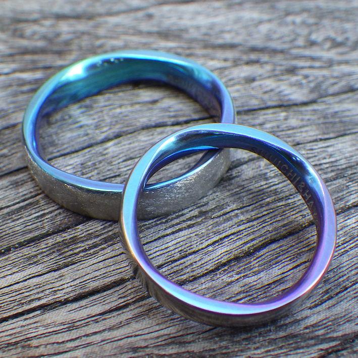 8枚花弁の彫刻・ジルコニウムの結婚指輪 Zirconium Rings