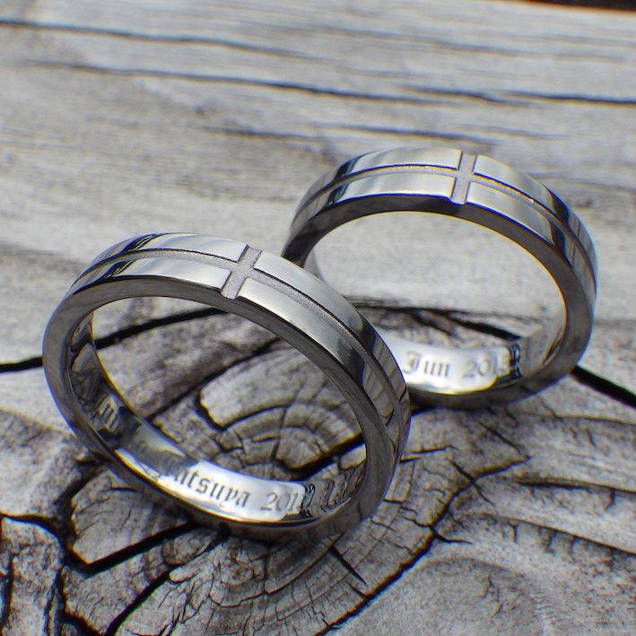 十字ラインのデザイン・タンタルの結婚指輪 Tantalum Rings