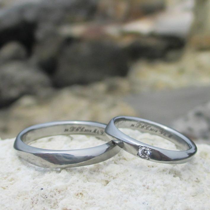 ねじった表情が美しいハフニウムの結婚指輪 Hafnium Rings