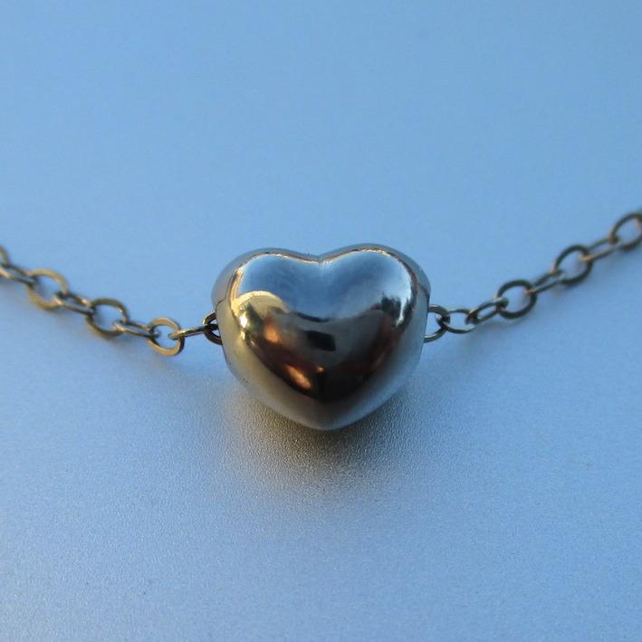 金属アレルギーにならないハフニウムのネックレス Hafnium Necklace