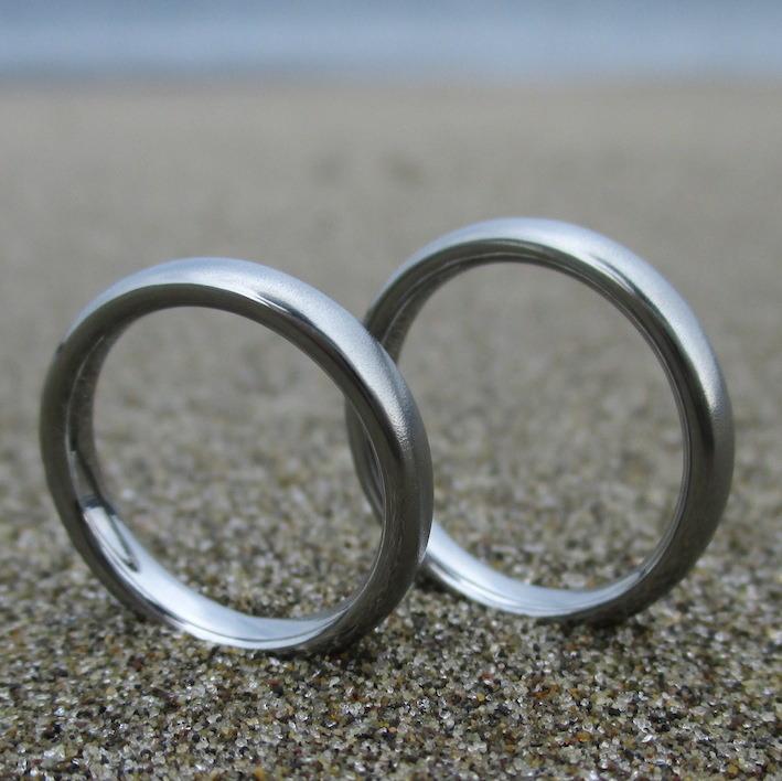 安全で丈夫な稀少金属・ハフニウムの結婚指輪 Hafnium Rings