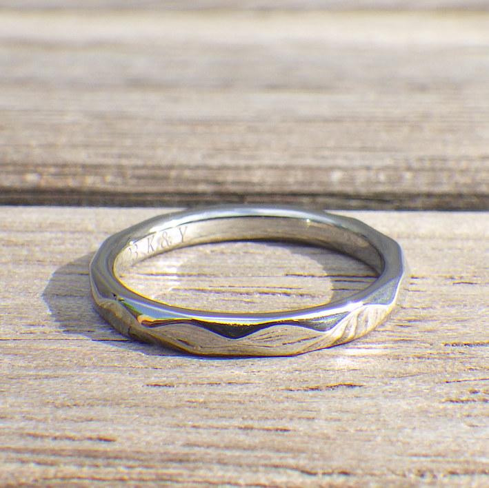 銅、パラジウム、プラチナに金属アレルギーが出てしまう方へ ハフニウムの結婚指輪