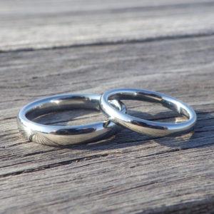 制作の進捗レポートを楽しみながら待つ結婚指輪オーダーメイド