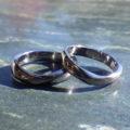 アレルギーフリー且つユニークな指輪をオーダーメイドで実現!タンタルの結婚指輪