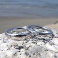 ダイヤモンドが輝くハフニウムとイリジウム割プラチナのペアリング
