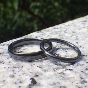 丈夫さが人気!真っ黒なジルコニウムの結婚指輪 Zirconium Rings