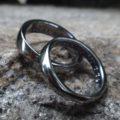 金属アレルギーにならないタンタル素材のメビウスリング Tantalum Rings