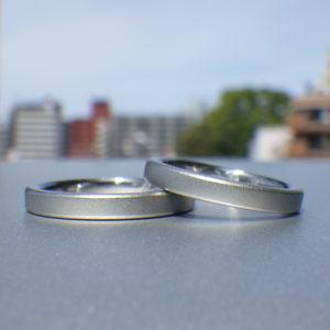 メールオーダーでも理想通り!ハフニウムの結婚指輪