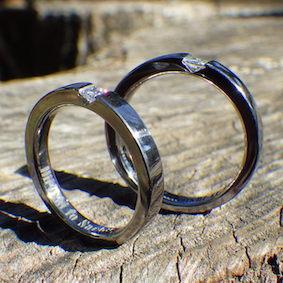 【金属アレルギー対応】プリンセスハグのタンタルの指輪