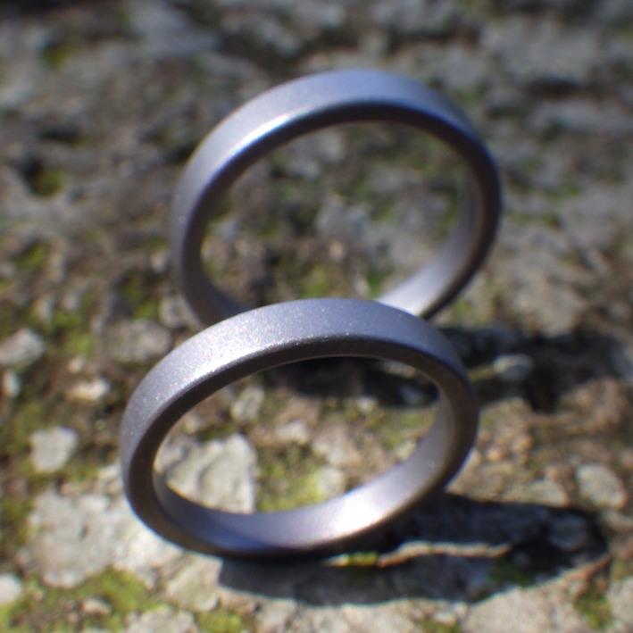 生涯、金属アレルギーに悩まされない!純タンタル鍛造の結婚指輪 Tantalum Ring