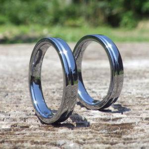 金属アレルギーにならず、しかも丈夫!タンタルの結婚指輪 Tantalum Rings