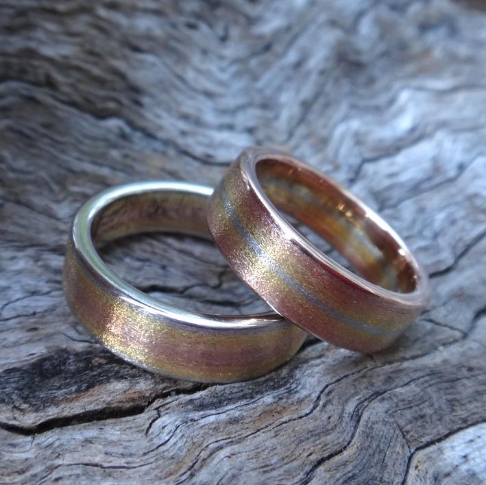 五色の貴金属のグラデーションが美しい結婚指輪 Gold-Platinum Rings
