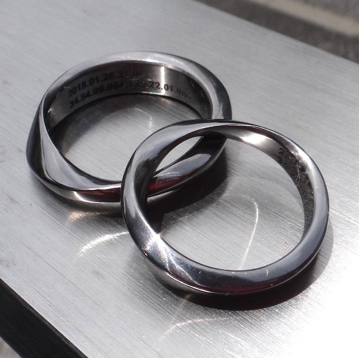永遠を象徴するメビウス・タンタルの結婚指輪 Tantalum Rings