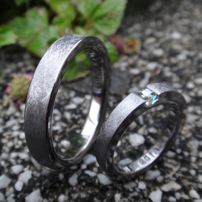 タンタルの指輪にディアナサンダイヤモンド Tantalum & Diana Sun Diamond