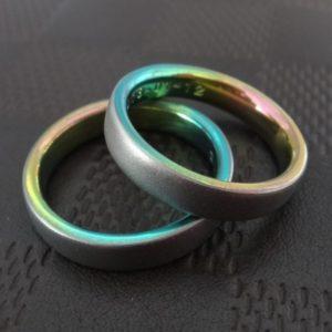 沖縄の海の色・ジルコニウムの結婚指輪 Zirconium Rings