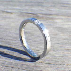 プラチナで金属アレルギーが発症した方へ。ハフニウムの結婚指輪 Hafnium Ring