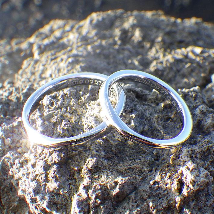 こだわりの冷間鍛造製法・イリジウム割プラチナの結婚指輪 Platinum Rings
