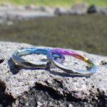色鮮やかな8枚花弁のイメージ・ニオブの結婚指輪 Niobium Rings