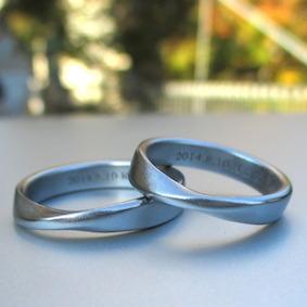 金属アレルギーにならない美しい金属・ハフニウムの結婚指輪
