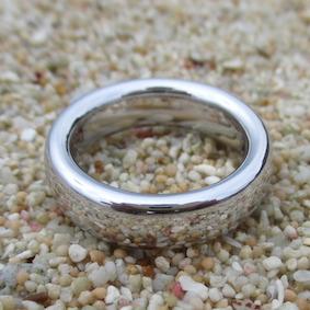 世界初のロジウム無垢の指輪 Pure Rhodium Ring