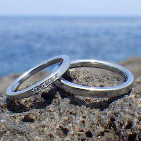 【金属アレルギー対応】ダイヤモンド5点をミル留めしたハフニウムの指輪