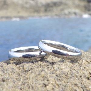 金属アレルギーでも安心して着けていただけるハフニウムの結婚指輪 Hafnium Rings