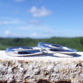 イリジウムのメビウスの輪