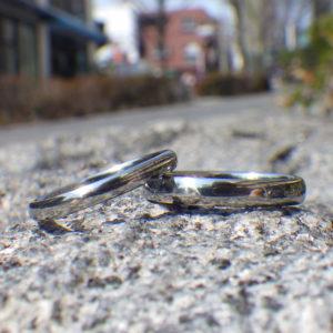 魂をこめた開発と思いやりをこめた制作・ハフニウムの結婚指輪 Hafnium Rings