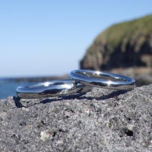 全物質中で最高レベルの安全性・ハフニウムの結婚指輪 Hafnium Rings
