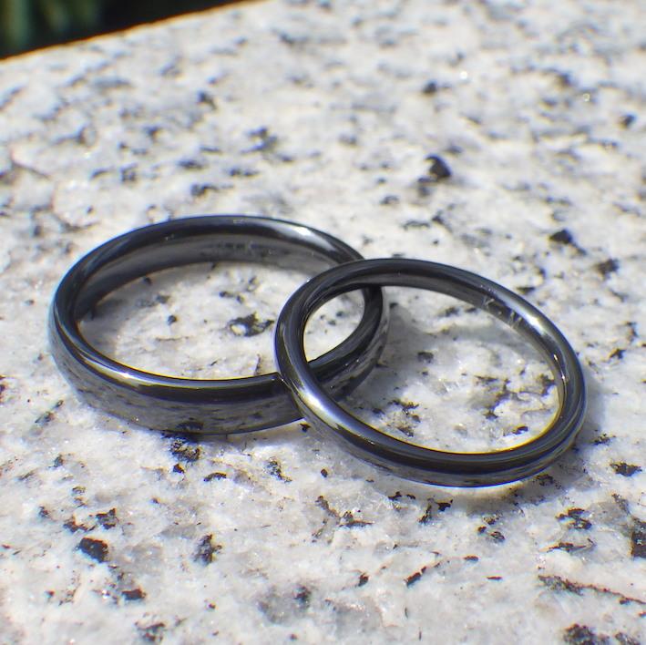 色落ちに強い黒!真っ黒なジルコニウムの結婚指輪 Zirconium Rings