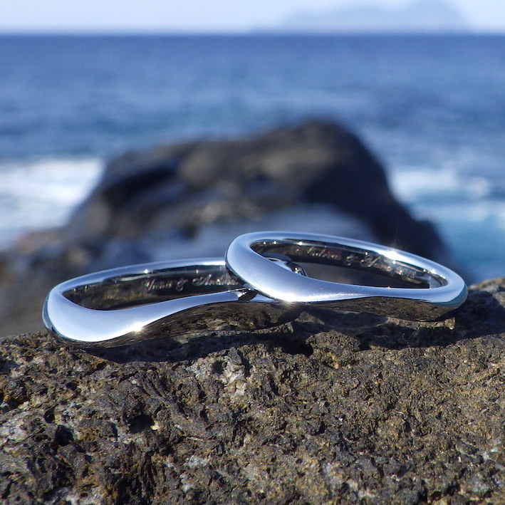 波の形を抽象化・ハフニウムのオーダーメイドリング Hafnium Rings