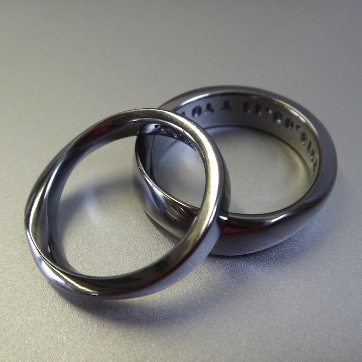 金属アレルギーにならないタンタルの指輪・メビウスリング